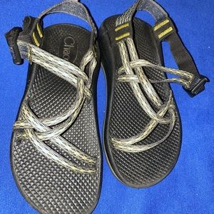 Chaco Shoes - Chaos size 3